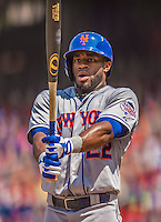 28 July 2013: New York Mets outfielder Eric Young in action against the Washington Nationals at Nationals Park in Washington, DC. The Nationals defeated the Mets 14-1. Mandatory Credit: Ed Wolfstein Photo *** RAW (NEF) Image File Available ***