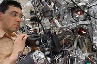 - Istituto per la ricerca scientifica sulle nanotecnologie L-NESS (Laboratori per Nanotecnologie Epitassiali su Silicio e per Spintronica), laboratorio materiali e spintronica....- Institute for the scientific search on Nanotechnologies L-NESS (Laboratories for  Epytaxial Nanotechnologies on Silicon and  Spintronics ), materials and spintronics laboratory