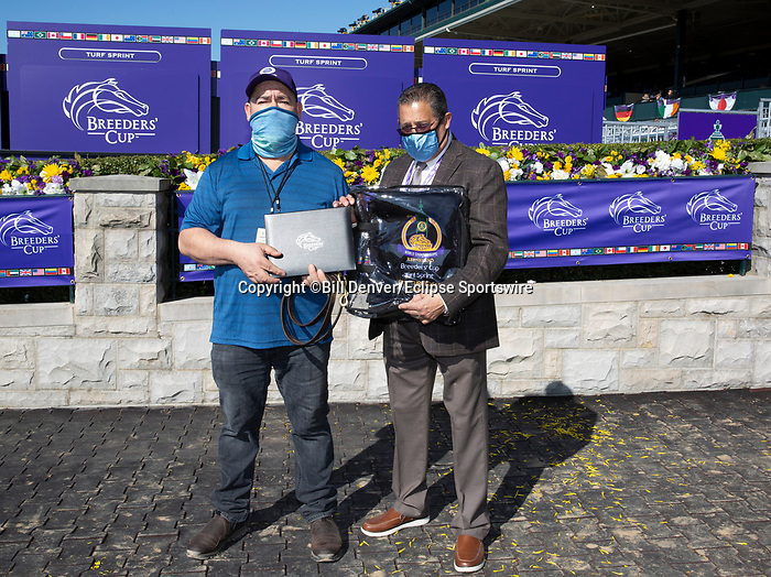 November 7, 2020 : Breeders' Award Turf Sprint on Breeders' Cup Championship Saturday at Keeneland Race Course in Lexington, Kentucky on November 7, 2020. Bill Denver/Eclipse Sportswire/Breeders' Cup/CSM