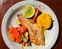 Guatemala, Restaurant im Hotel Villa Colonial in Antigua
