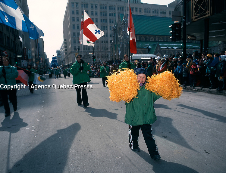 Defile de la  St-Patrick le 14 Mars 1999<br /> <br /> 1999 St-Patrick Day Parade in Montreal, CANADA<br /> <br /> PHOTO : Agence Quebec Presse - Pierre Roussel