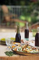 Europe/France/Rhône-Alpes/69/Rhône/Saint-Verand: Poularde de bresse à la crème et aux fèves et Beaujolais - Recette de la maison d'hôte d'Aucherand
