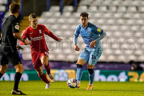 20th November 2020; St Andrews Stadium, Coventry, West Midlands, England; English Football League Championship Football, Coventry City v Birmingham City; Ben Sheaf of Coventry City passes the ball forward
