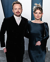 BEVERLY HILLS, LOS ANGELES, CALIFORNIA, USA - FEBRUARY 09: Aaron Paul and Lauren Parsekian arrive at the 2020 Vanity Fair Oscar Party held at the Wallis Annenberg Center for the Performing Arts on February 9, 2020 in Beverly Hills, Los Angeles, California, United States. (Photo by Xavier Collin/PictureGroup)