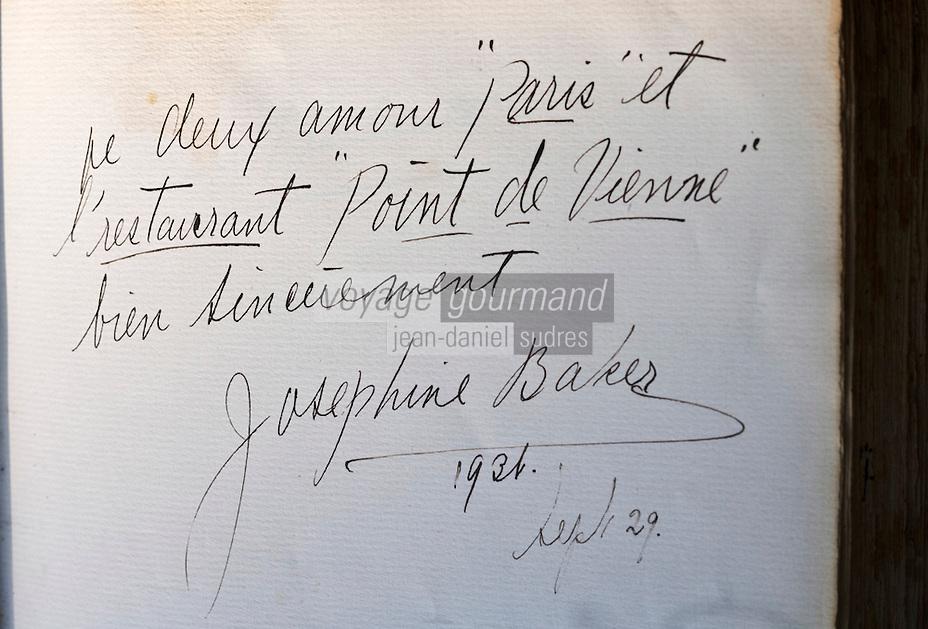 """Europe/France/Rhône-Alpes/38/Isère/ Vienne: Détail du livre d'Or  du  Restaurant """"La Pyramide"""" , 14, bd Fernand Point, à l'époque de Fernand Point autographe de Joséphine Baker, danseuse et chanteuse"""