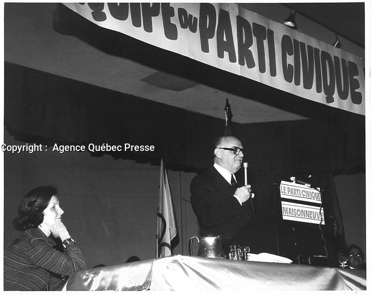 Le Maire de Montreal Jean Drapeau, <br /> le 8 avril 1978<br /> durant la campagne pour sa ré-élection, <br /> <br /> PHOTO : JJ Raudsepp  - Agence Quebec presse