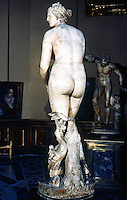 Greek Art:  Venus of Medici--Greek art of the beginning of the III Century B.C.   Galleria Uffizi.