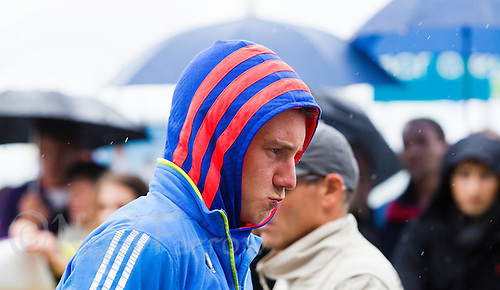 17 SEP 2011 - LA BAULE, FRA - Alistair Brownlee (EC Sartrouville) prepares in transition before the start of the final round of the men's French Grand Prix Series at the Triathlon Audencia in La Baule, France (PHOTO (C) NIGEL FARROW)
