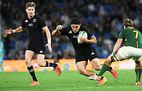 2nd October 2021, Cbus Super Stadium, Gold Coast, Queensland, Australia;   Codie Taylor skips past the challenge from Smith of South Africa. New Zealand All Blacks versus South Africa Springboks.The Rugby Championship. Rugby Union test match.
