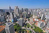Vale do Anhangabaú. Centro histórico de São Paulo. 2008. Foto de Juca Martins.