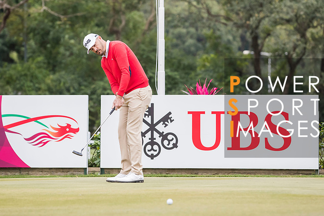 Gregory Havret of France on putting green during the day four of UBS Hong Kong Open 2017 at the Hong Kong Golf Club on 26 November 2017, in Hong Kong, Hong Kong. Photo by Yu Chun Christopher Wong / Power Sport Images