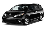 2017 Toyota Sienna SE 5 Door Minivan Angular Front stock photos of front three quarter view
