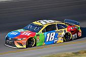 #18: Kyle Busch, Joe Gibbs Racing, Toyota Camry M&M's Toyota Camry