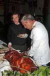 BUFFET CON PORCHETTA<br /> VERNISSAGE JENNY SEVILLE - MACRO TESTACCIO ROMA 2005