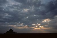 Europe/France/Normandie/Basse-Normandie/50/Manche: La baie et le Mont Saint-Michel au soleil couchant