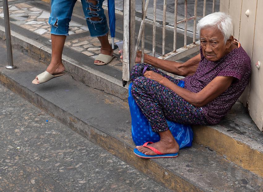 Street Photography in Manila, Philippines