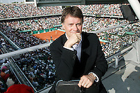 4-6-06,France, Paris, Tennis , Roland Garros, Etienne de Villiers Executive Chairman and President of the ATP