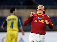 Calcio, Serie A: Roma vs Chievo. Roma, stadio Olimpico, 9 gennaio 2010..Football, Italian serie A: AS Roma vs Chievo. Rome, Olympic stadium, 9 january 2010..AS Roma midfielder Rodrigo Taddei, of Brazil, reacts after missing a scoring chance..UPDATE IMAGES PRESS/Riccardo De Luca