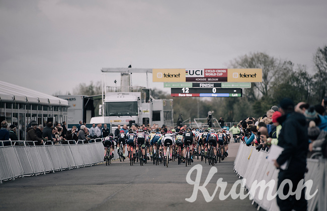 Women's Elite race start<br /> <br /> UCI cyclocross World Cup Koksijde / Belgium 2017
