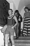 NIKI PENDE CON STEFANIA SANDRELLI<br /> FESTA PER I 30 ANNI DI HELMUT BERGER JACKIE O' ROMA 1974