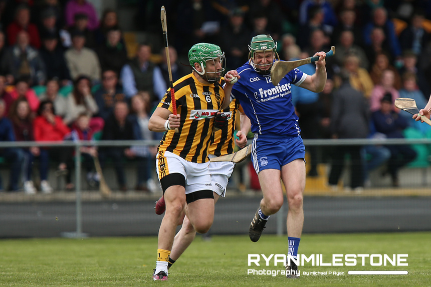 Thurles Sarsfields Stephen Cahill in action against James Barry of Upperchurch/Drombane during the Centenary Agri Mid Senior Hurling Championship Quarter Final between Thurles Sarsfields and Upperchurch/Drombane on Saturday 28th April 2018 at Templetuohy, Co Tipperary, Photo By Michael P Ryan