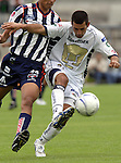 Mexico (26.02.2006) UNAM Pumas defender Raul Salinas in action during the soccer match with Monterrey Rayados at the Mexico City's University Stadium, February 26, 2006. UNAM tied 0-0 to Monterrey. © Photo by Javier Rodriguez