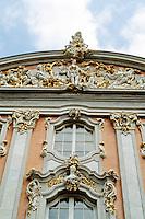 Trier: Baroque Palace facade. Photo '94.