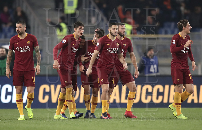 Football, Serie A: AS Roma - InterMilan, Olympic stadium, Rome, December 02, 2018. <br /> Roma's Cengiz Under (c) celebrates after scoring with his teammates during the Italian Serie A football match between Roma and Inter at Rome's Olympic stadium, on December 02, 2018.<br /> UPDATE IMAGES PRESS/Isabella Bonotto