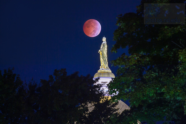 """Oct. 8, 2014; Lunar eclipse, also referred to as a """"Blood Moon."""" (Photo by Matt Cashore/University of Notre Dame)"""