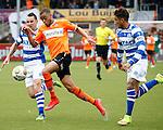Nederland, Volendam, 31 mei 2015<br /> Playoffs om promotie/degradatie<br /> Seizoen 2014-2015<br /> FC Volendam-De Graafschap<br /> Brandley Kuwas (r.) van FC Volendam en Vlatko Lazic van De Graafschap strijden, in een duel, om de bal. Rechts Caner Cavlan van De Graafschap.
