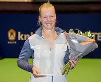 15-12-12, Rotterdam, Tennis Masters 2012, Kiki Bertens ontvangt een award  van de IC,