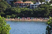 VITÓRIA, ES, 29.12.2019 - PRAIA-ES - Movimentação na Praia da Ilha do Boi, em Vitória - ES, neste domingo, 29. (Foto Charles Sholl/Brazil Photo Press)