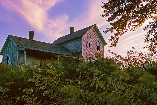 Farm house on the praire