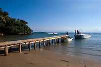Dominikanische Republik, Bootsanleger in Dorf bei Samana auf der Samana-Halbinsel