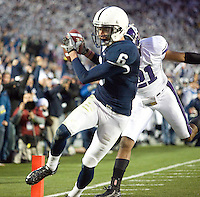 State College, PA - 11/06/2010:  WR Derek Moye makes a touchdown reception during the second half.  Despite trailing 21-0 in the first quarter, Penn State defeated Northwestern by a score of 35-21 at Beaver Stadium to give head coach Joe Paterno his 400th career victory...Photo:  Joe Rokita / JoeRokita.com..Photo ©2010 Joe Rokita Photography