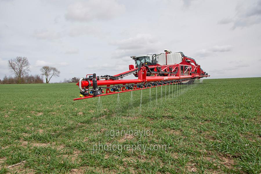 Applying liquid nitrogen to winter wheat with 36m Agrifac sprayer - April