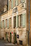 Frankreich, Bourgogne-Franche-Comté, Département Jura, Dole: Geburtshaus des Biochemikers und Mikrobiologen Louis Pasteur in der Altstadtgasse Rue Pasteur | France, Bourgogne-Franche-Comté, Département Jura, Dole: birthplace of Louis Pasteur in old town lane Rue Pasteur