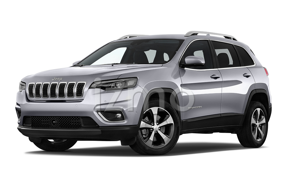 Stock pictures of low aggressive front three quarter view of 2018 JEEP Cherokee Limited 5 Door SUV Low Aggressive