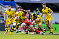 22nd May 2021; Twickenham, London, England; European Rugby Champions Cup Final, La Rochelle versus Toulouse; Victor Vito of La Rochelle is tackled
