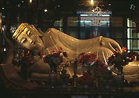 China, Shanghai,  Yu Fo-Si (Jadebuddha-Tempel), schlafender Jadebuddha (Wo Fo)