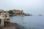 Italy, Piedmont, Baveno: starting point to the Borrmean island (Isole Borromee) | Italien, Piemont, Baveno: von hier verkehren die Ausflugsschiffe zu den Borromaeischen Inseln, auch im Herbst ein lohnendes Ausflugsziel