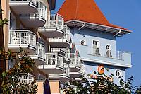 Bäderarchitektur auf der Wilhelmstraße in Sellin auf Rügen, Mecklenburg-Vorpommern, Deutschland