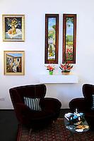 Galleria 291 est, nello storico quartiere di San Lorenzo, Roma..Gallery 291 East, in the historical district of San Lorenzo, Rome..Patrizia di Girolamo.Oggetti d'arredo..Simonetta Vitullo.Pittrice.Painter.