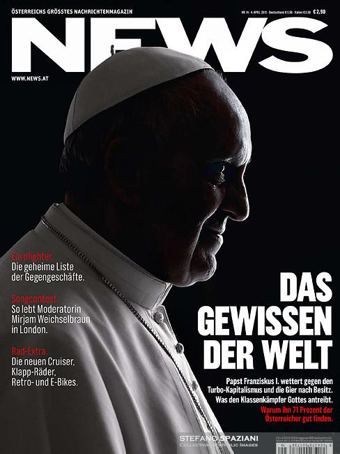 News Austrian Magazine Pope Francis Photograph by Stefano Spaziani