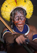 Chief Raoni Metuktire is an indefatigable campaigner for the rights of his people and the preservation of their forests. He is afraid of nobody; he uses the power of his traditional Kayapó oration when he confronts powerful politicians. He has been known to bang his borduna war-club on the desk of the president of Brazil.