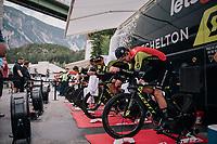 Team Mitchelton-Scott warming up<br /> <br /> UCI MEN'S TEAM TIME TRIAL<br /> Ötztal to Innsbruck: 62.8 km<br /> <br /> UCI 2018 Road World Championships<br /> Innsbruck - Tirol / Austria