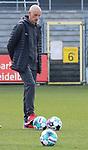 Ralf Santelli (Trainer, Wuerzburger Kickers) am Ball vor dem Spiel  beim Spiel in der 2. Bundesliga, SV Sandhausen - Wuerzburger Kickers.<br /> <br /> Foto © PIX-Sportfotos *** Foto ist honorarpflichtig! *** Auf Anfrage in hoeherer Qualitaet/Aufloesung. Belegexemplar erbeten. Veroeffentlichung ausschliesslich fuer journalistisch-publizistische Zwecke. For editorial use only. For editorial use only. DFL regulations prohibit any use of photographs as image sequences and/or quasi-video.