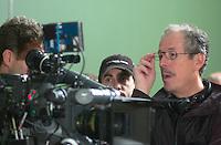 Oct 28 2002, Montreal, Quebec, Canada<br /> <br /> Denis Arcand lors du tournage de LES INVASION BARBARES, le 28 Octobre 2002, r  Montreal, Quebec, Canada