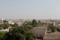 Campinas (SP), 12/09/2020 - Clima - A cidade de Campinas (SP) amanheceu com uma espessa camada de fumaça na manhã deste sábado (12), a fumaça pode ser vista em varios bairros da cidade.<br /> Segundo a previsão do Cepagri (Centro de Pesquisas Meteorológicas e Climáticas Aplicadas à Agricultura) da Unicamp, a temperatura máxima deve chegar aos 35ºC e a mínima não deve passar dos 21ºC. A umidade relativa do ar deve ficar abaixo dos 20%, o que fará com que a cidade permaneça em estado de alerta.