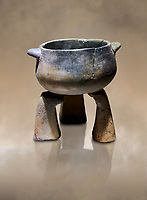 Neolithic terracotta cook pot on stand. 6000 BC. Catalhoyuk Collections. Museum of Anatolian Civilisations, Ankara